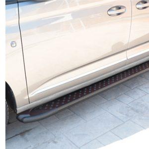 vw-caddy-cargo-treeplanken-zwart-aluminium